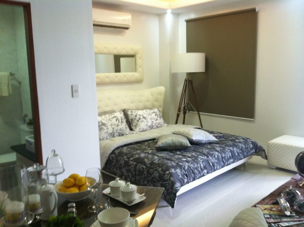 Studio Condo Angeles City for Sale near Clark Ref# 0000784
