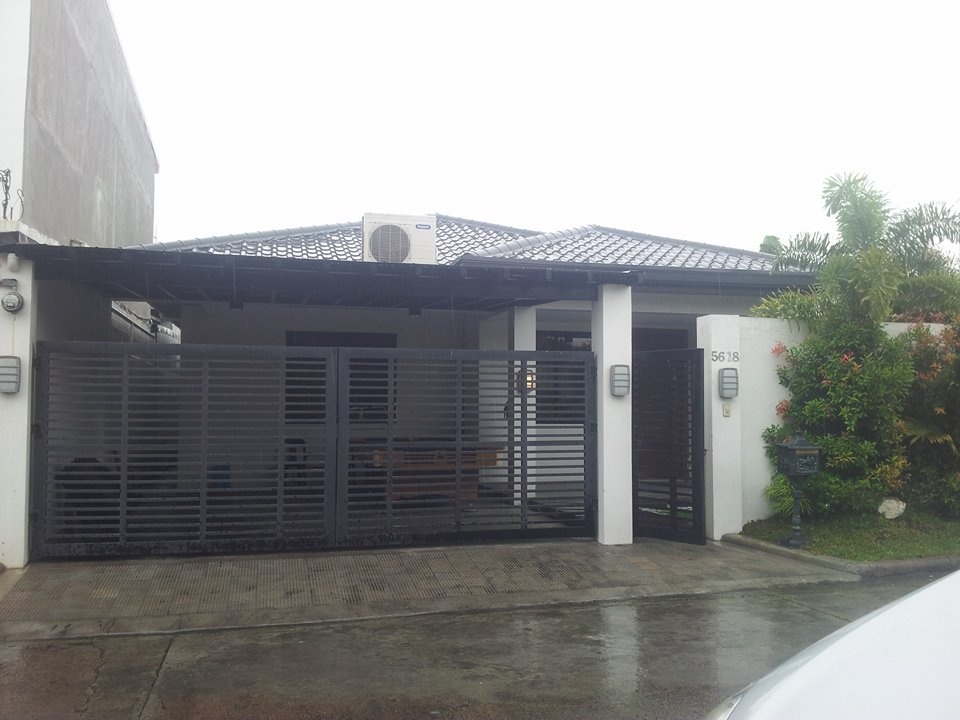 House for Sale Angeles City Timog Park with Pool Ref#0000804
