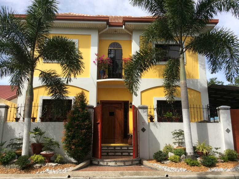 House for Sale Angeles City, Timog Park with pool #0000821